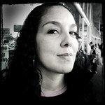 Elise Din : Correspondent