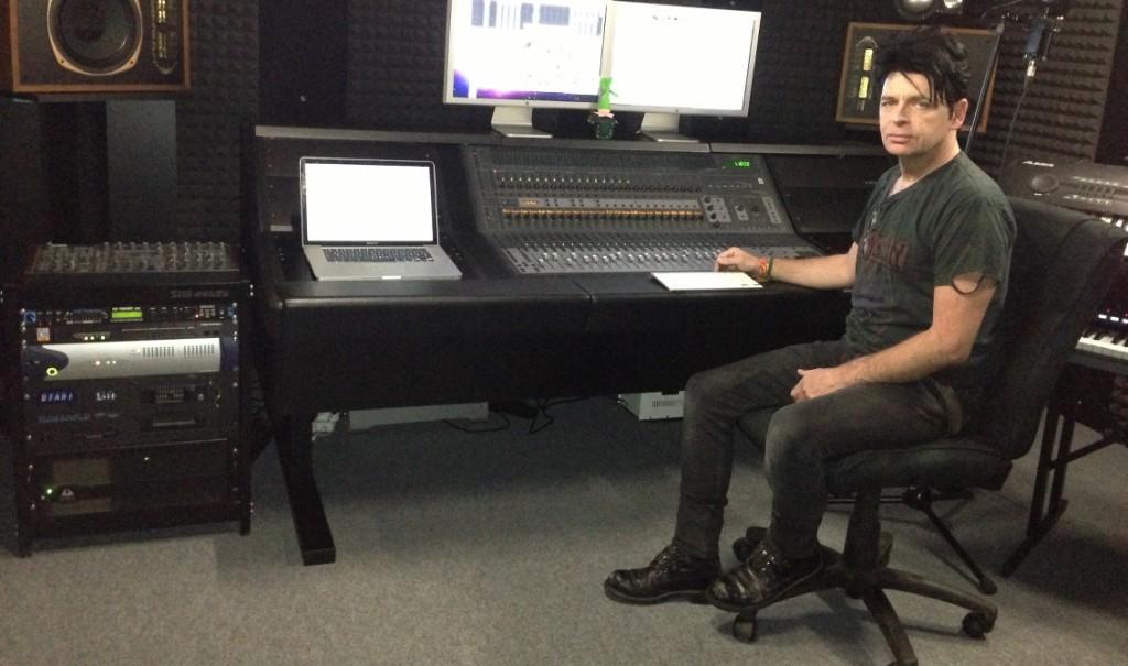Gary Numan - Tech-Talk with DJ Wildhoney