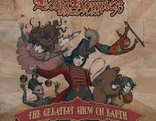 Lolita Komplex – The Greatest Show On Earth