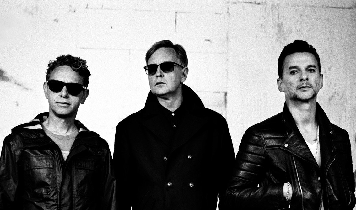 Photo via http://www.side-line.com/wp-content/uploads/2016/01/depeche-mode.jpg
