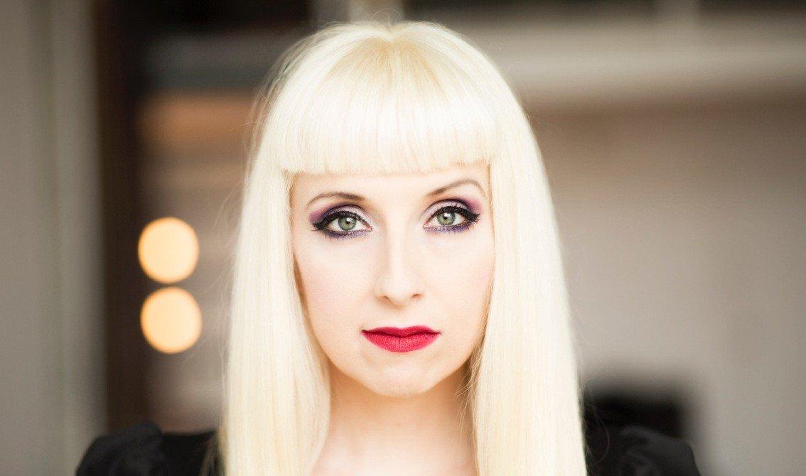 Ayria announces'Paper Dolls' album on CD, 2CD and fuschia Vinyl - listen to 2 tracks already