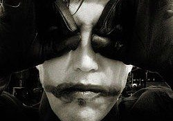 Naurea – I Am A Monster