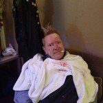 Glass attack on John Lydon (PiL) in Chile