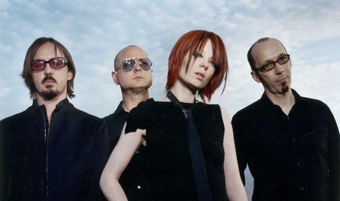 Garbage reveal new video for'No horses' which they claim to be controversial (editor's note: it's not)