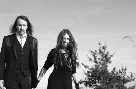 Alexander Hacke (Einstürzende Neubauten) and Danielle de Picciotto (Space Cowboys) return with Hackedepicciotto project for 'Menetekel ' 2LP