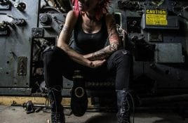 Industrial/Electro artist I Ya Toyah premieres video new single 'Farewell-Mirrors Don't Lie' on Side-Line