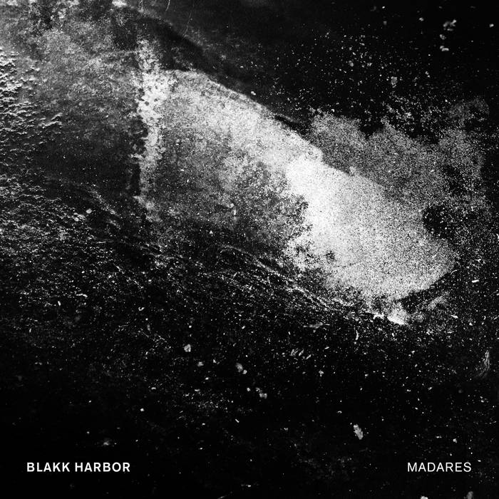 Blakk Harbor – Madares