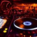 Electronic music in virtual reality: Future or fad?