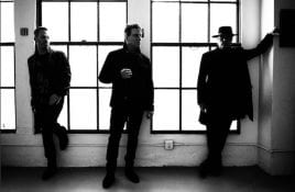 LA based darkwave band Ashrr launches new single/video 'Waves'