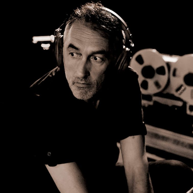 Yann Tiersen announces career-spanning album including 3 new songs and 25 newly recorded tracks
