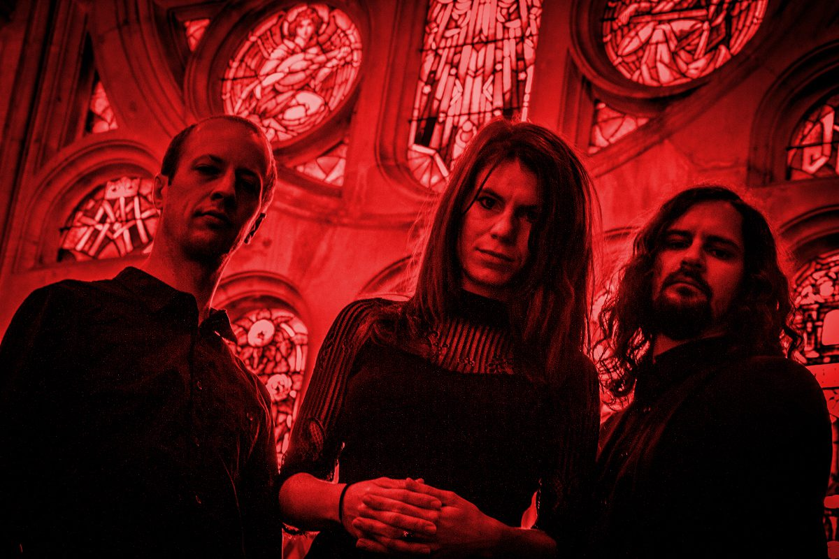 French darkwave act -ii- releases 'Void' video