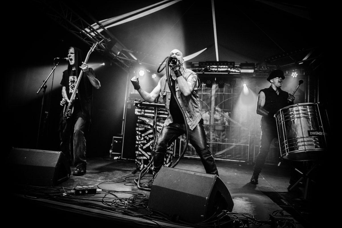 Minneapolis based industrial act Zwaremachine prepares full album for Summer 2021
