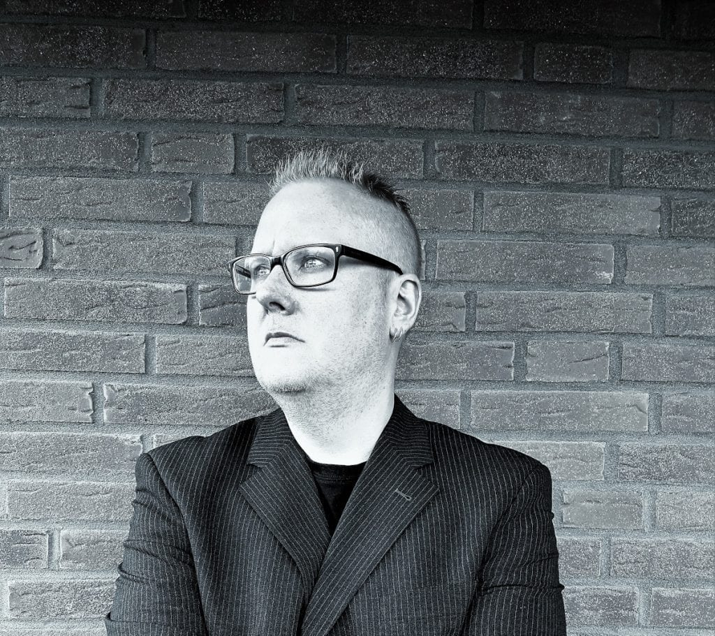 Elektrostaub invites Patrik Hansson of Swedish Electropop band Vanguard on brand new EP'We Are Dreamers'