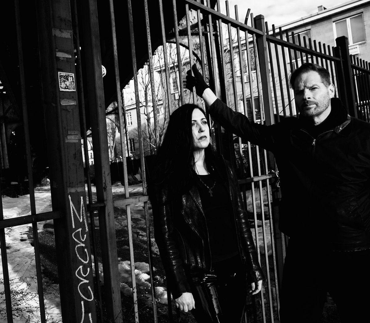 A Cloud Of Ravens release remix EP feat. remixes by Clan of Xymox, Actors, Chris Vrenna, John Fryer, ...