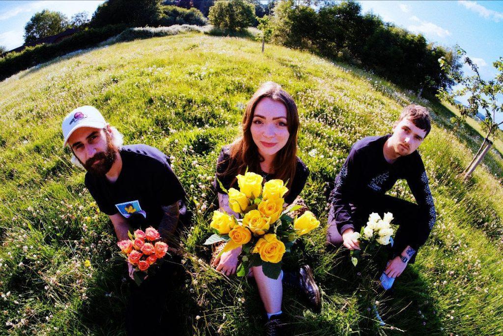 Shoegaze trio Soot Sprite share new single'Night Thirst'
